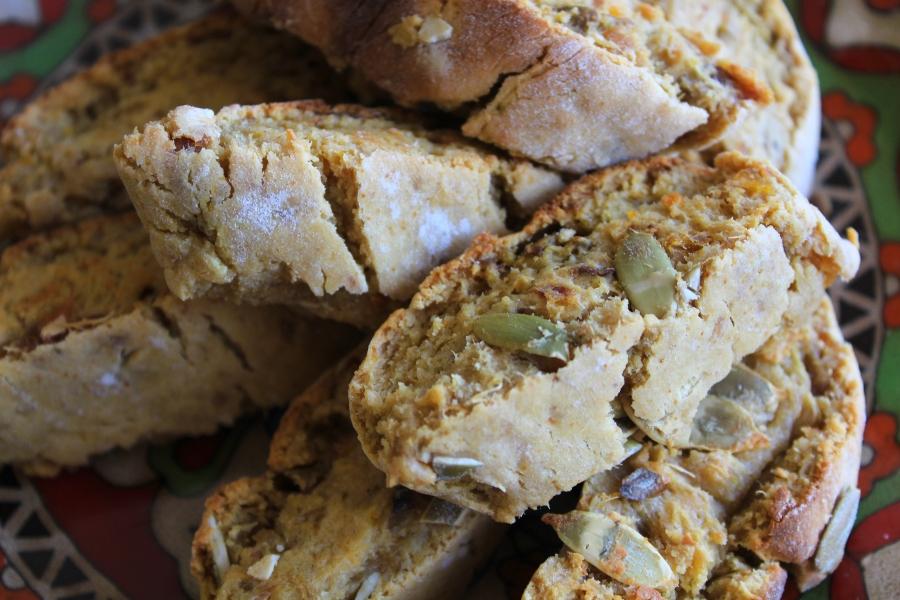 Biscotti de Batata Doce e Sementes de Abóbora | Sweet Potato & Pumpkin SeedsBiscotti