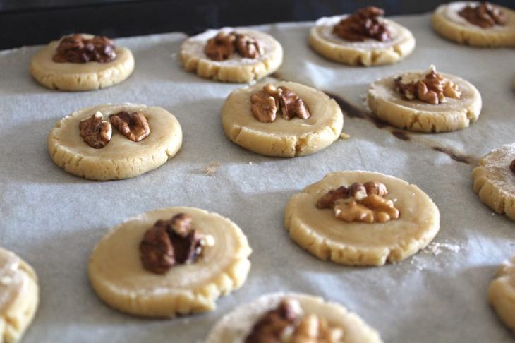 Biscoitos de Ácer e Nozes - Devaneios de Chocolate